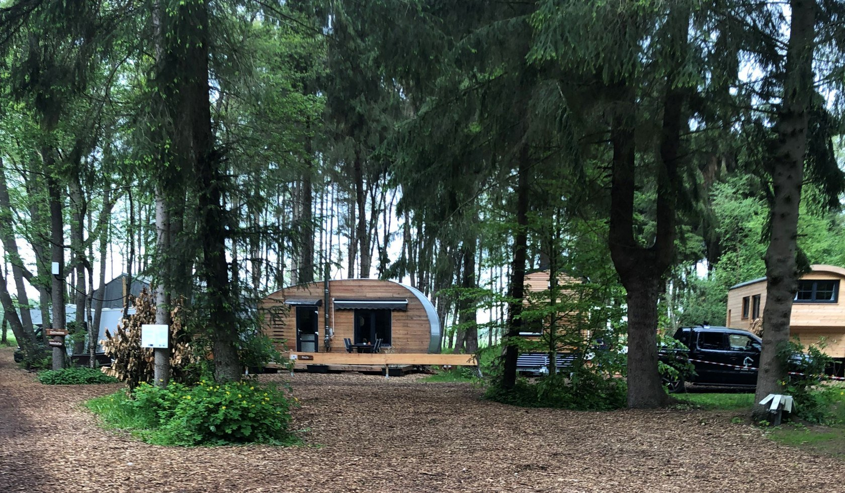 Tiny Houses im Wald, Land of Green
